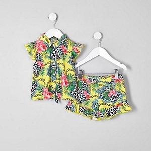 Gelbes Shorts-Set mit Print