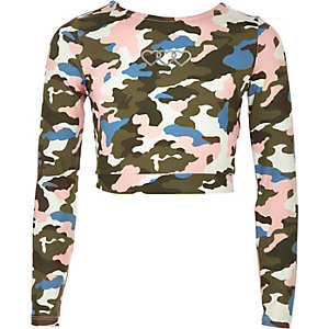 Girls green camo print crop top