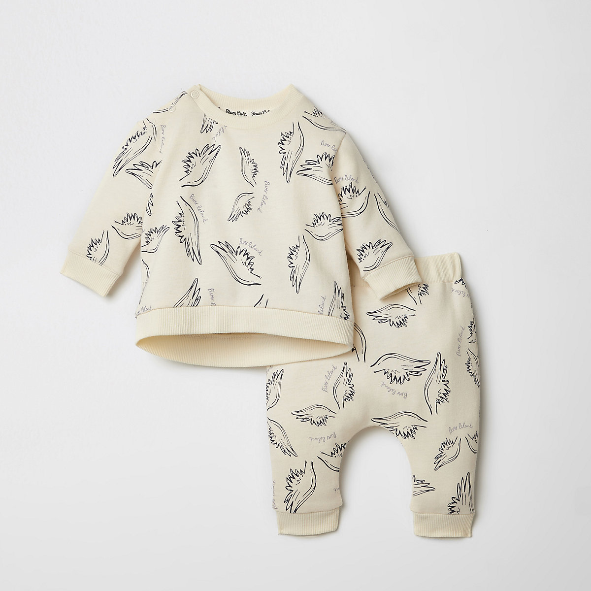 Baby cream wing jogger outfit