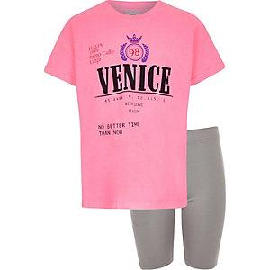 "Outfit mit Shorts und pinkem T-Shirt ""Venice"""