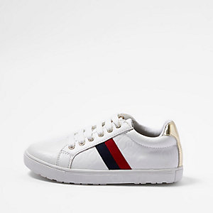 Girls white RI monogram stripe plimsoll