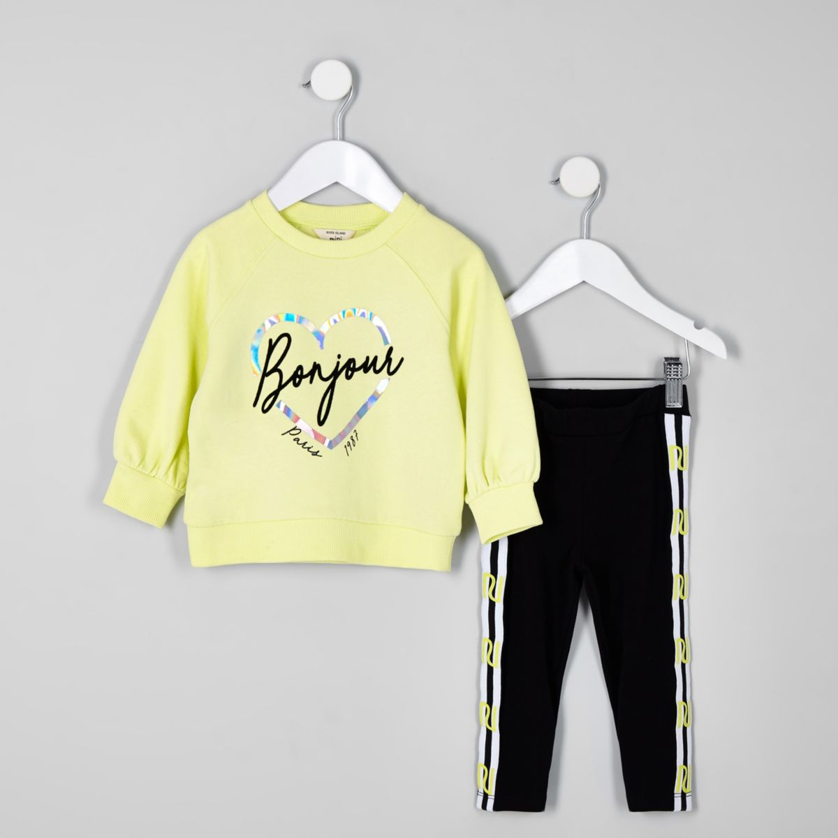 Mini girls green foil print sweater outfit