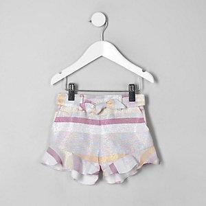 Pinke, gestreifte Shorts
