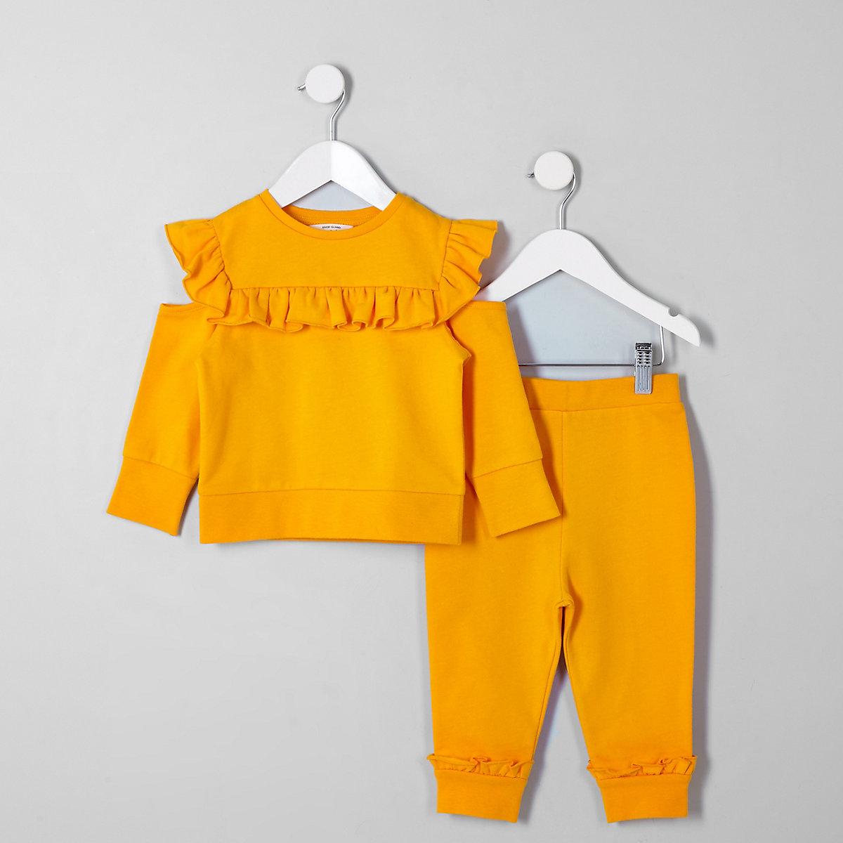 Mini girls yellow sweatshirt outfit