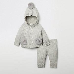 Outfit met grijs gebreid vest voor baby's