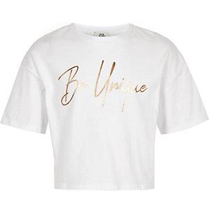 Girls white 'Be unique' crop T-shirt