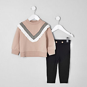 Mini girls beige chevron sweatshirt outfit