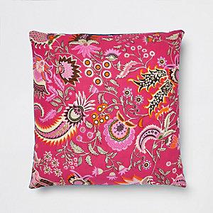 Roze kussen met paisleyprint en fluwelen achterkant
