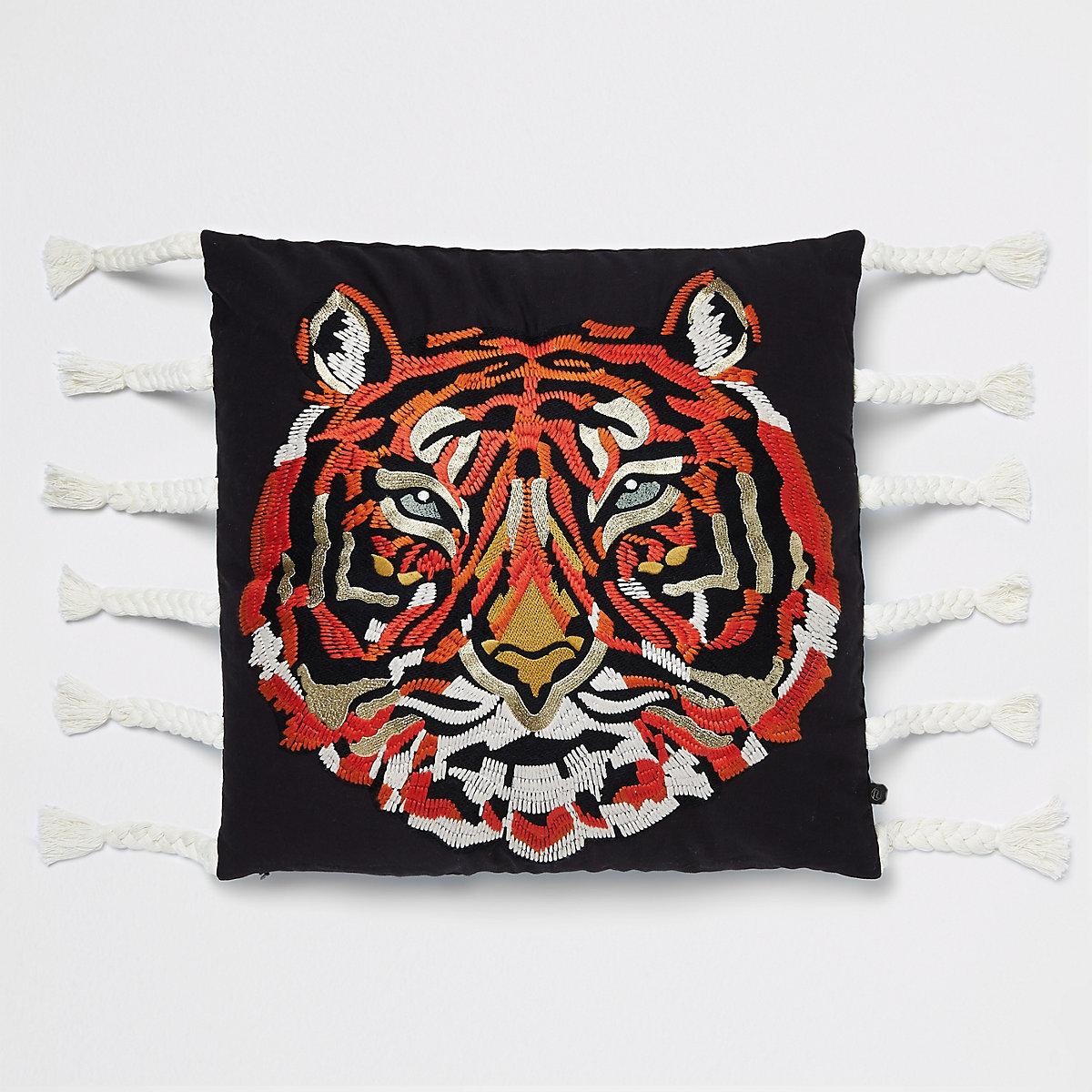 Coussin motif tigre brodé à pampilles
