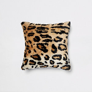 Kissen aus Kunstfell mit Leoparden-Print