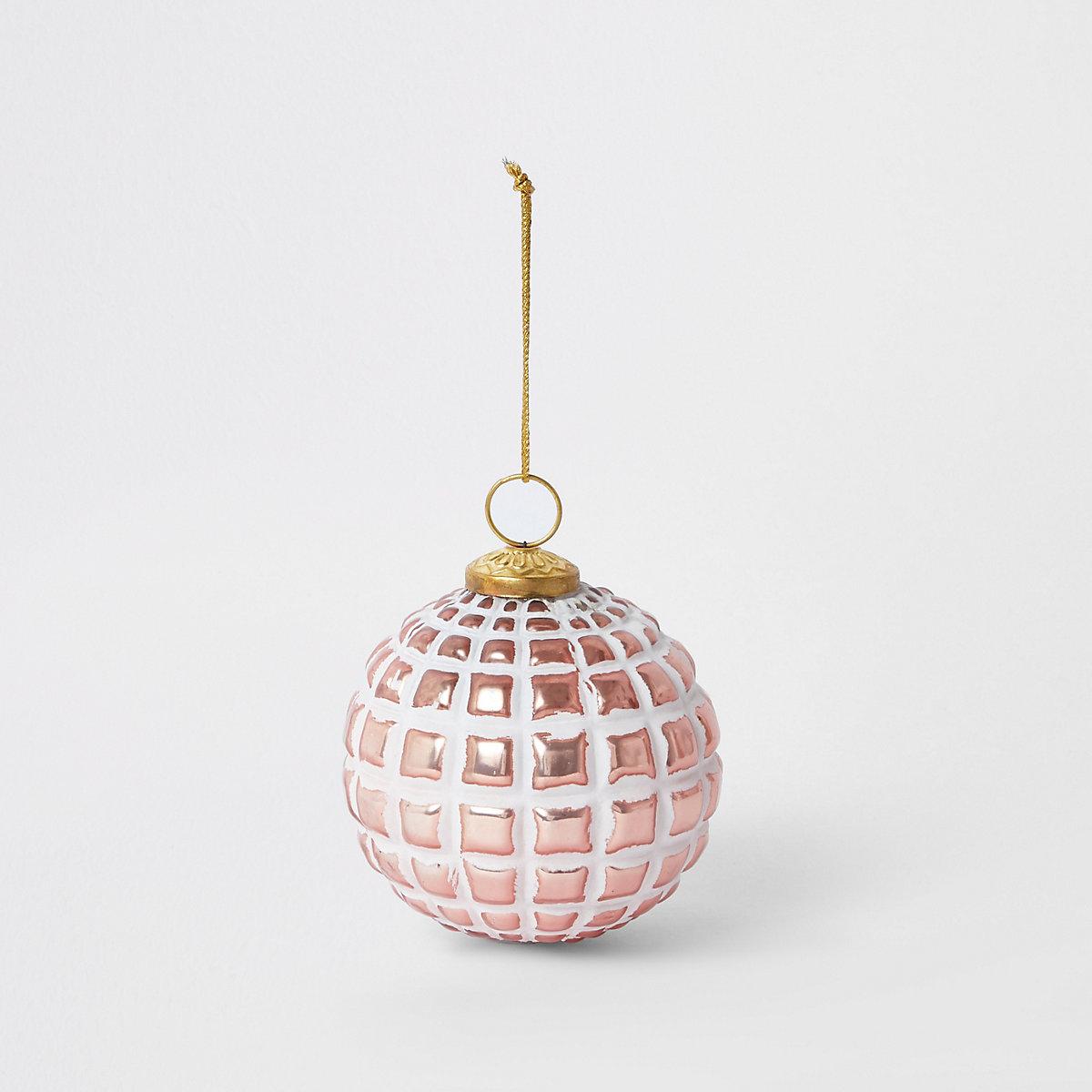 Grosse boule de Noël rose texturée