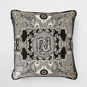 RI 30 cushion