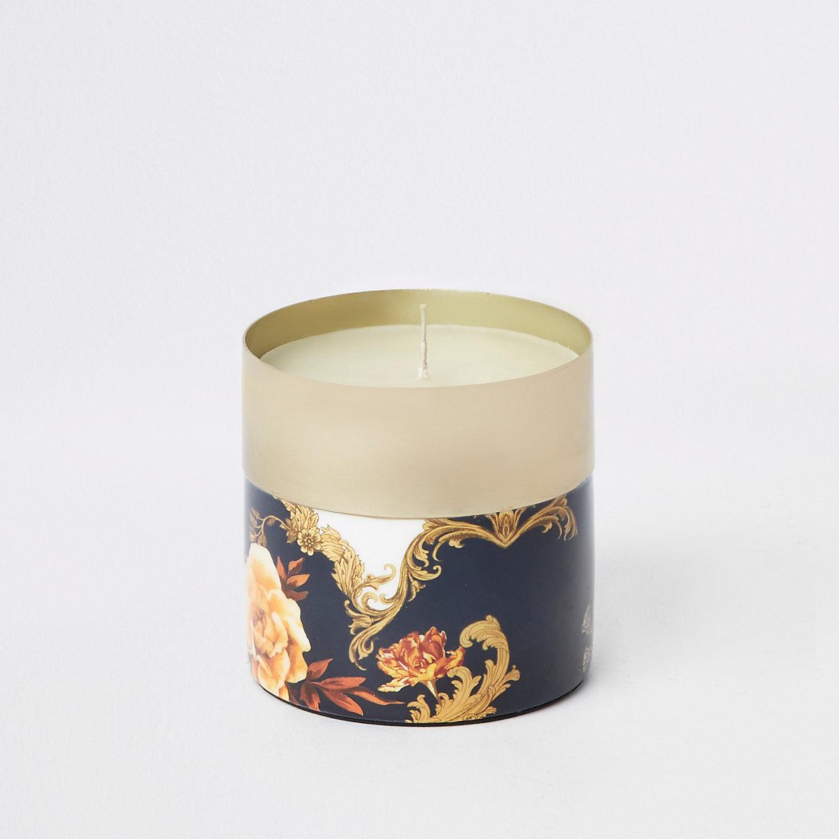 Blue ornate print vanilla candle