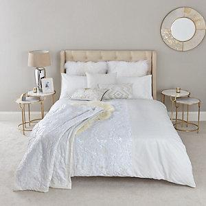 Parure de lit king crème à sequins blanc sur blanc