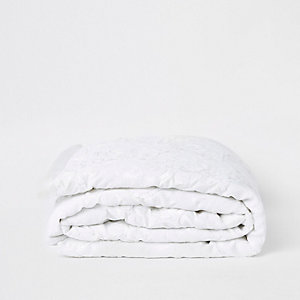 Chemin de lit crème à sequins blanc sur blanc