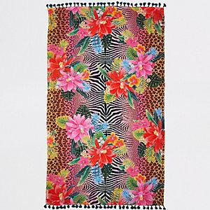 Roze handdoek met jungle- en dierenprint