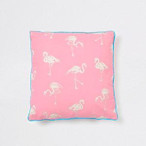 Roze kussen met flamingoprint