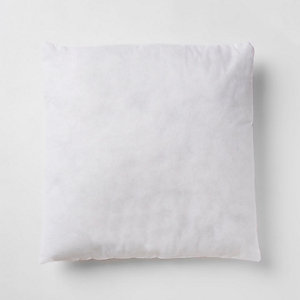 Intérieur à coussin blanc