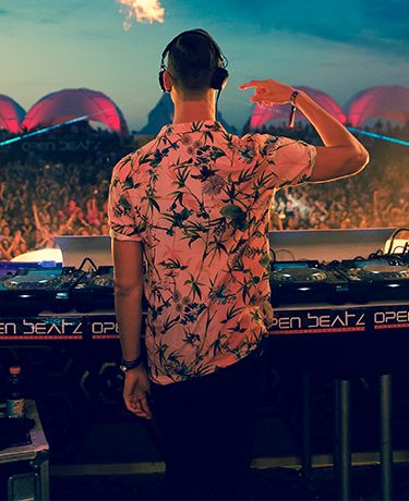 684640a7b The River Island Man Guide To Surviving Ibiza   by MAKJ - Blog -  Inspiration - River Island