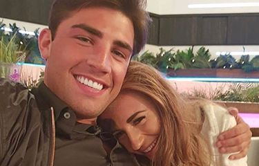 7 Reasons Jack & Dani Are Couple Goals